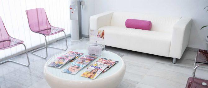 Imagen: Area d'attesa di Ovoclinic Marbella